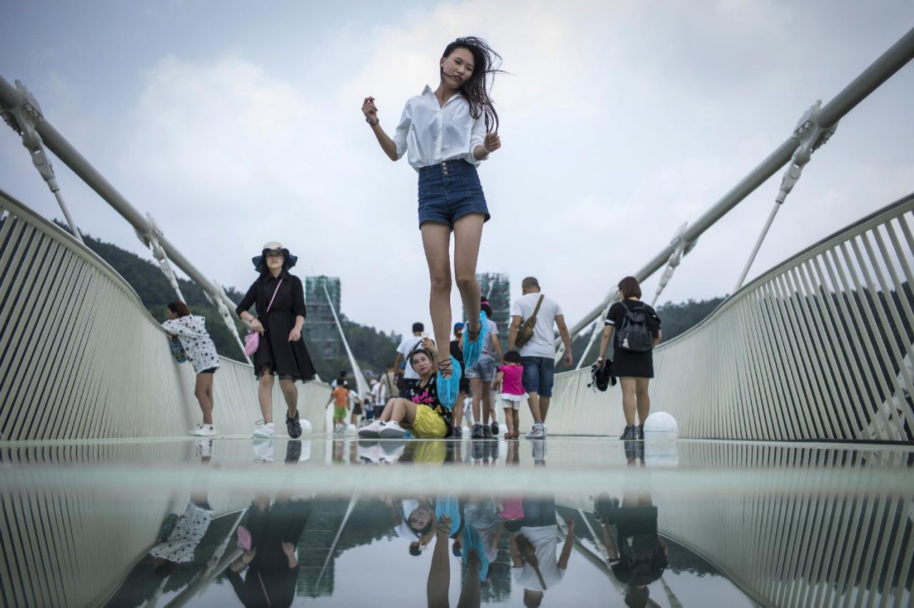 World's tallest and longest glass-bottom bridge in China closes temporarily