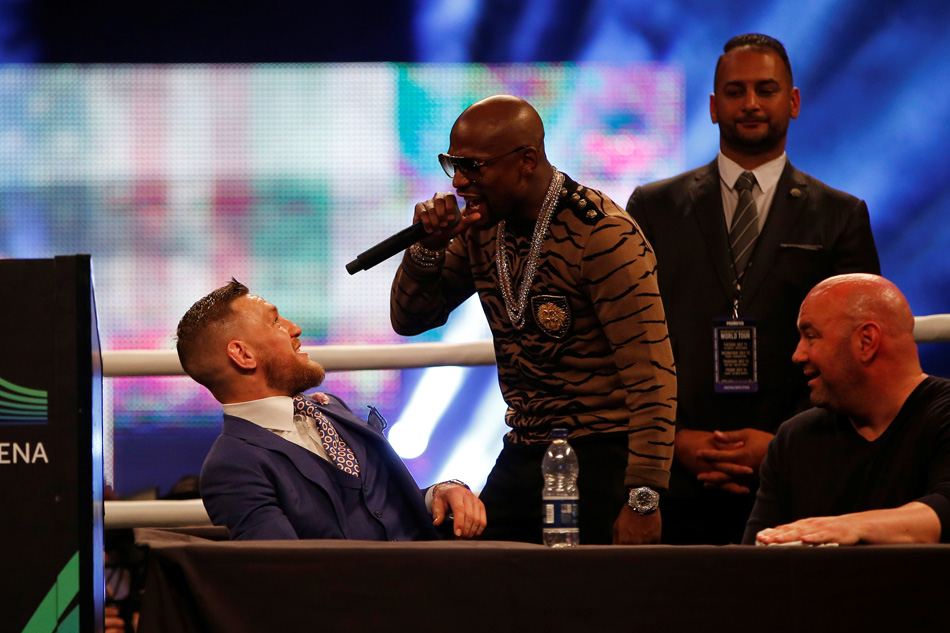 Mayweather braces for 'toe-to-toe' battle against McGregor