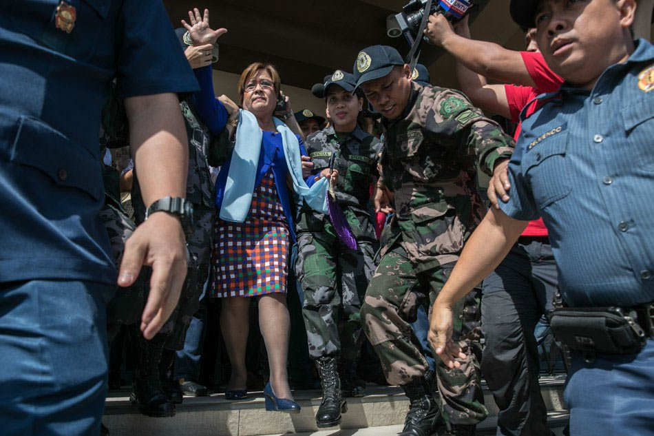 De Lima hits PNP for supposedly barring her foreign visitors