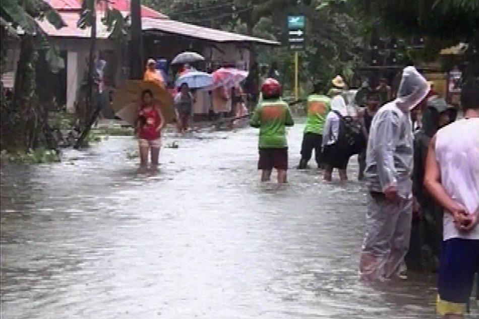 PAGASA nagbabala laban sa banta ng baha at landslide sa ilang bahagi ng northern Luzon