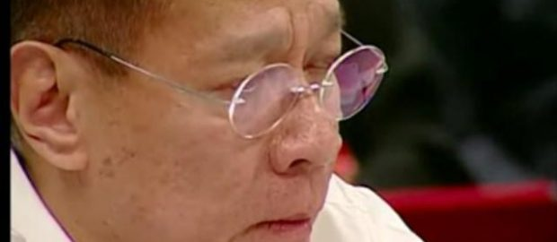 Duque turns emotional at CA hearing