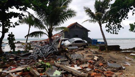 Tsunami from erupting Krakatau kills at least 222 in Indonesia