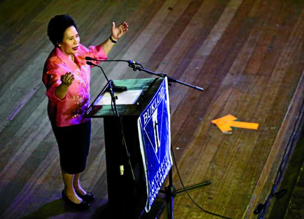Miriam D. Santiago