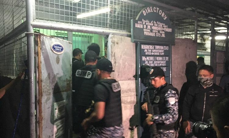 Blast wipes out 10 people at Parañaque City Jail