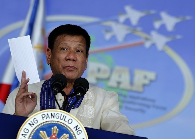 Duterte names officials allegedly involved in the drug trade