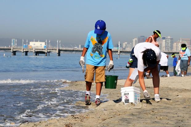 International Coastal Clean-up