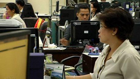 Senate approves bill allowing shorter work week for employees