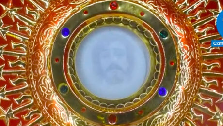 Holy Face of Jesus Christ allegedly appeared on a Eucharistic host