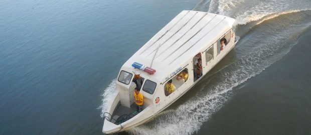 Pasig River ferry service open to frontliners