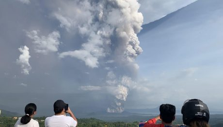 302 quakes detected in Taal Volcano