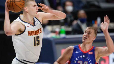 Nikola Jokic's 27 points leads Nuggets past Pistons