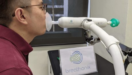 A covid-19 breath test can give results In 60 seconds
