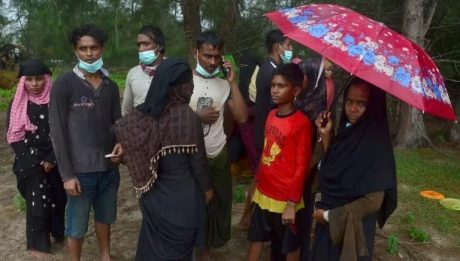 Dozens of Rohingya refugees land off Indonesian coast